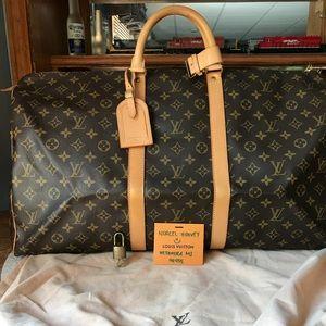 Authentic Louis Vuitton keepall 55 Monogram